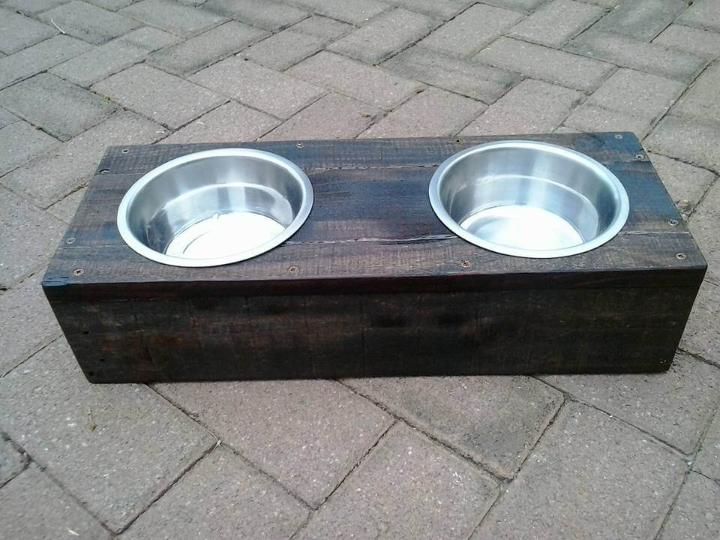 recycled pallet dog or cat bowls