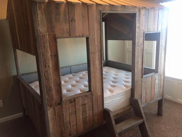 pallet play house and bed for kids