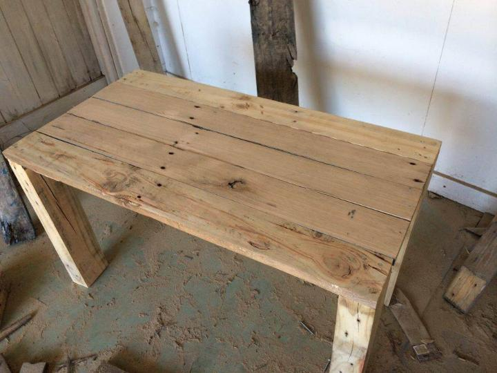 rustic wooden pallet coffee table