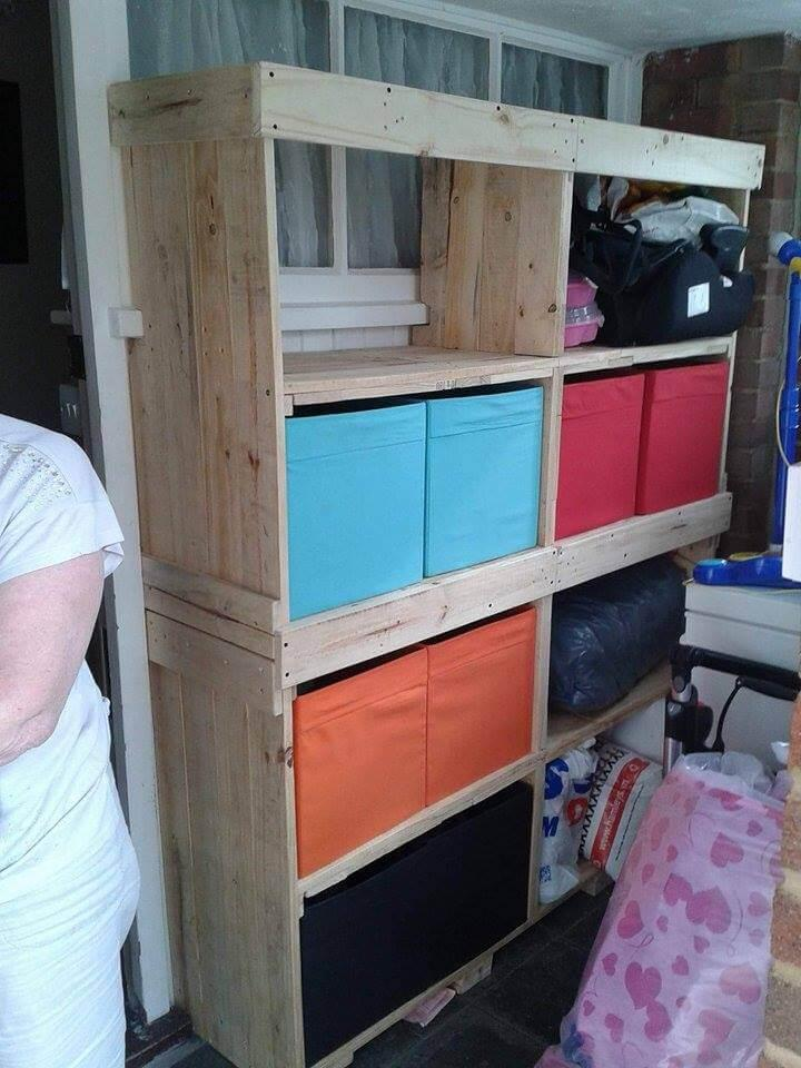 low cost wooden pallet storage unit