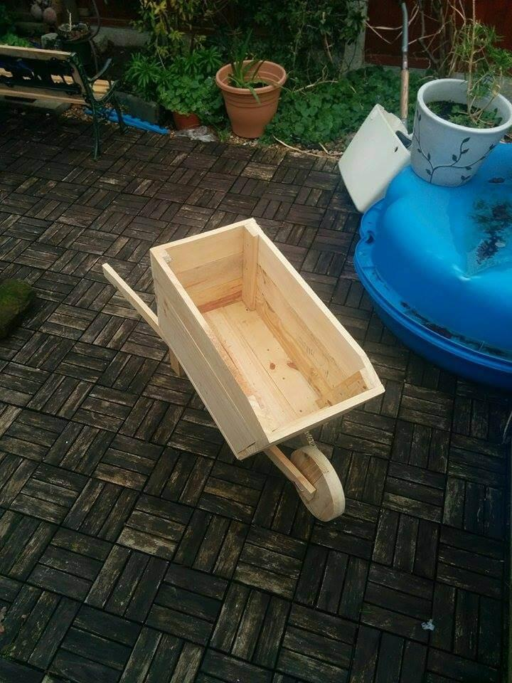 handmade wooden pallet wheelbarrow