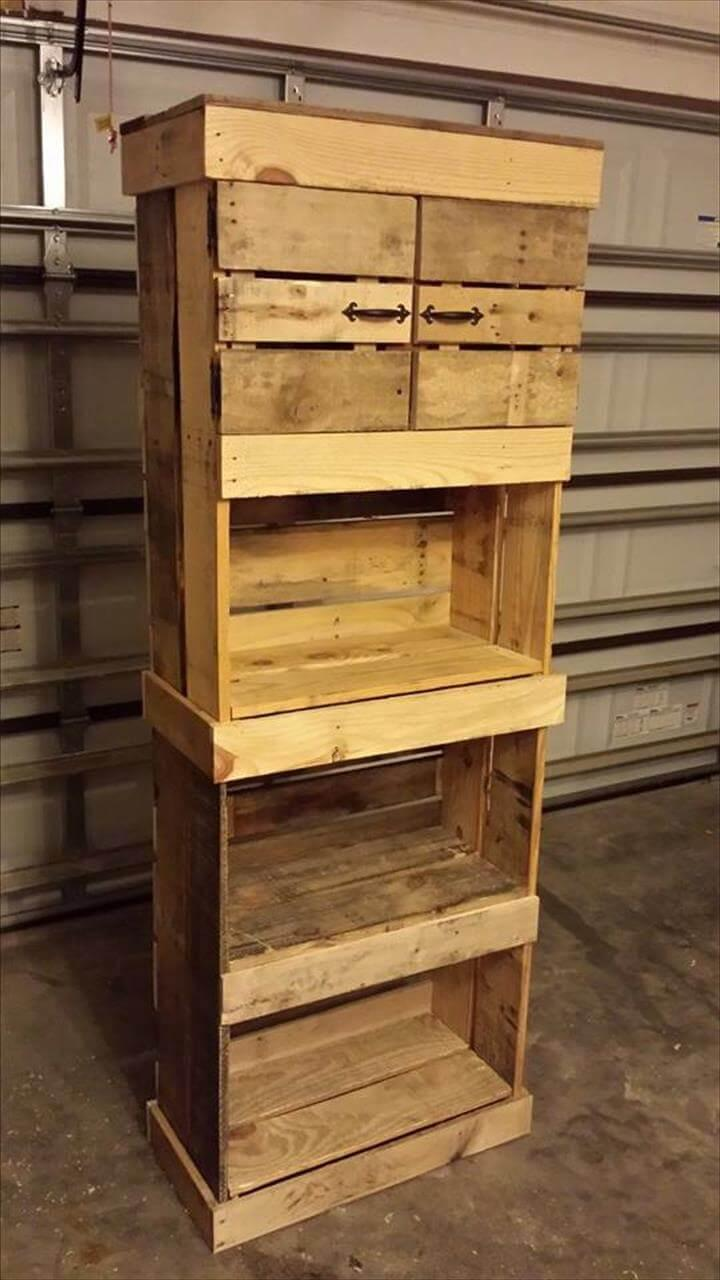 wooden pallet storage tower