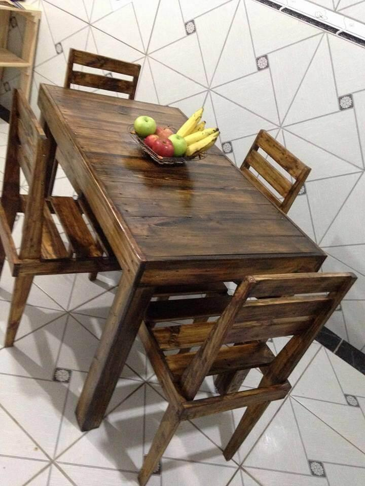 recycled pallet dining set