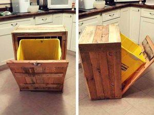 Pallet Trash Bin Holder
