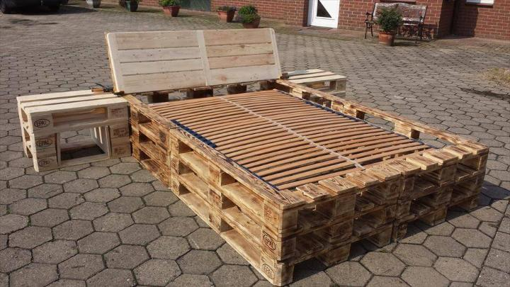 a complete sturdy bed made of pallets
