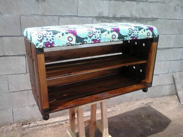 handmade pallet cushioned ottoman