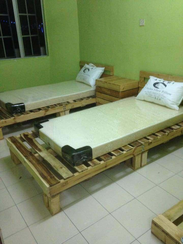 wooden pallet beds