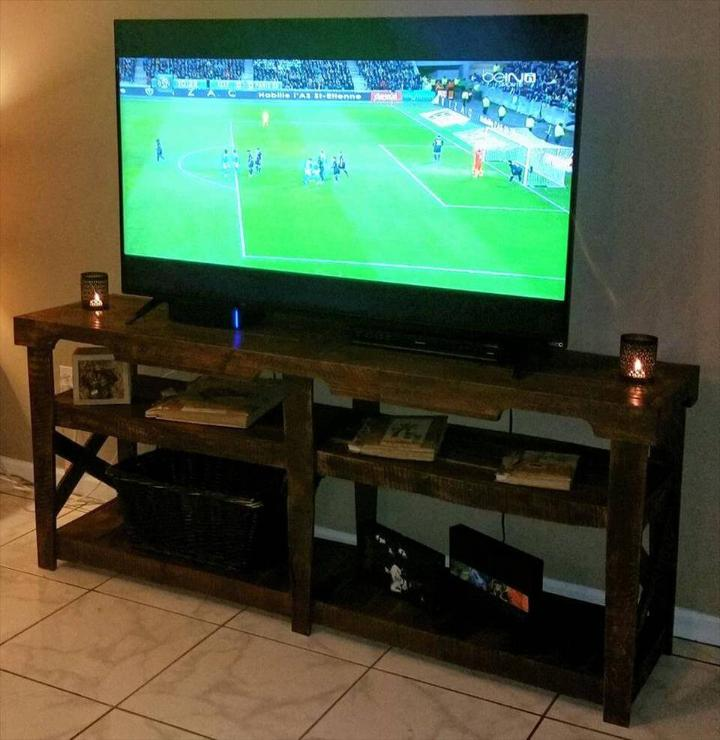 upcycled pallet TV console