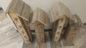 recycled pallet birdhouses