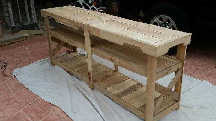 rustic yet modern pallet TV console