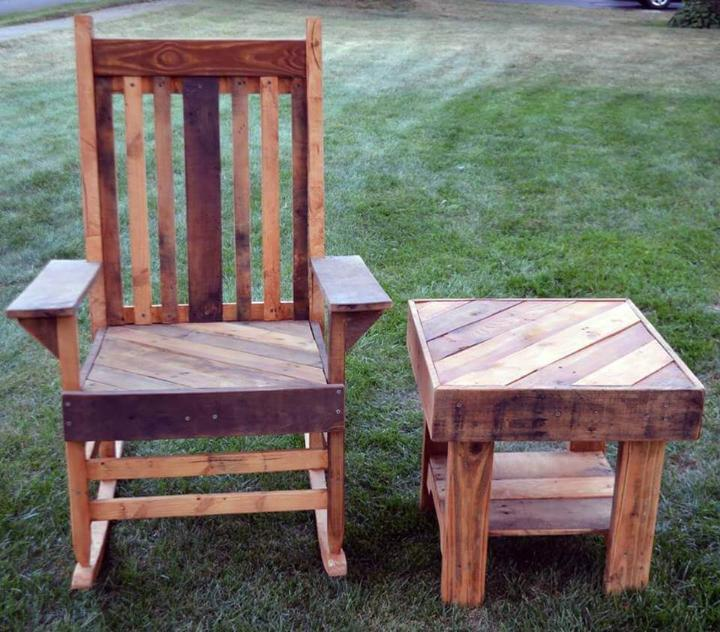 low-cost pallet chair and side table set