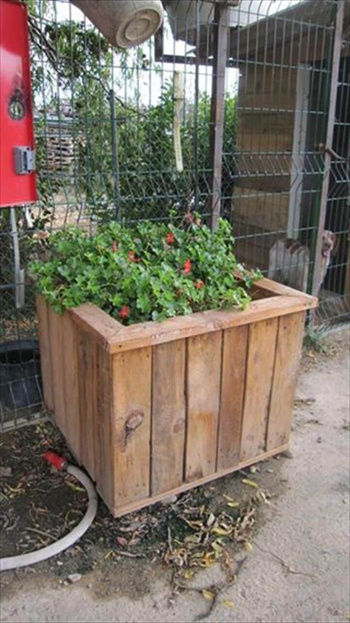 self-installed pallet planter