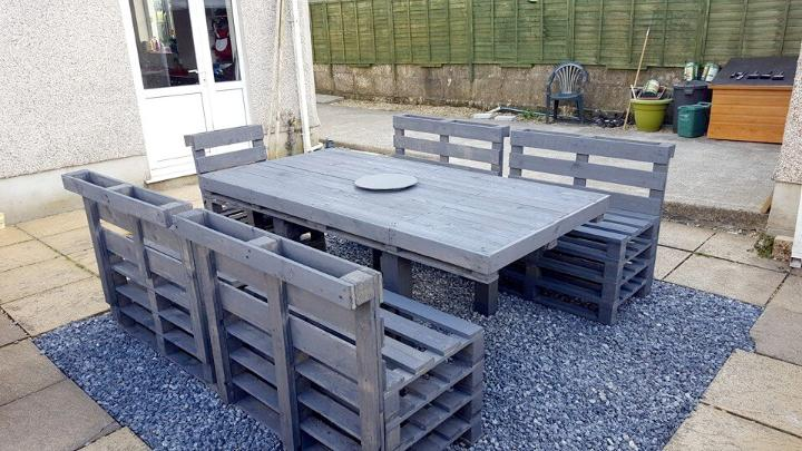recycled pallet patio dining set