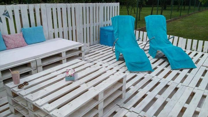 chic white painted pallet garden party lounge