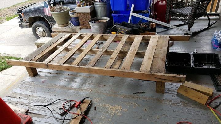 wooden pallet toddler bed installation