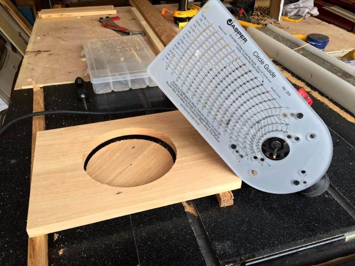 making circular hole using circular guide