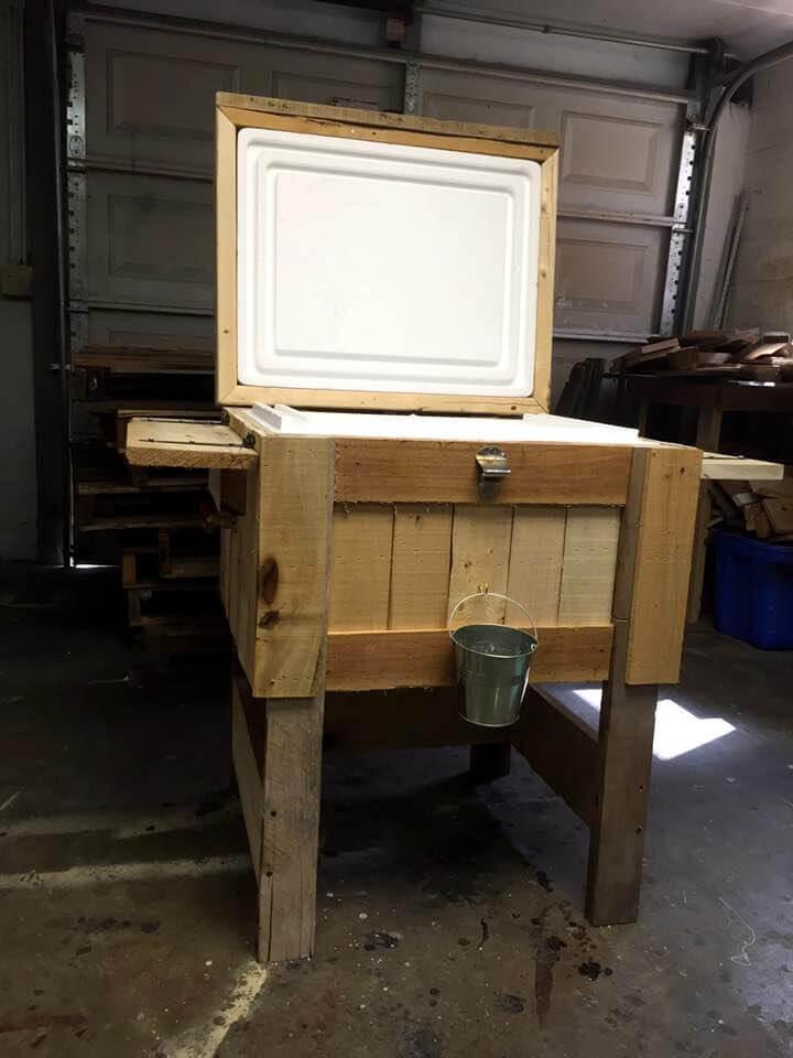 Wooden pallet cooler