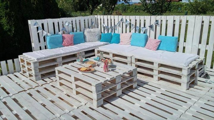 upcycled whole pallet garden party lounge