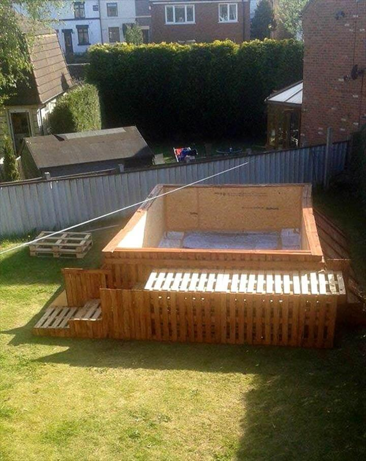 reclaimed pallet swimming pool