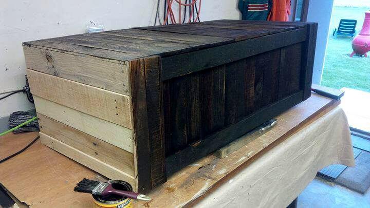 wooden pallet window bench