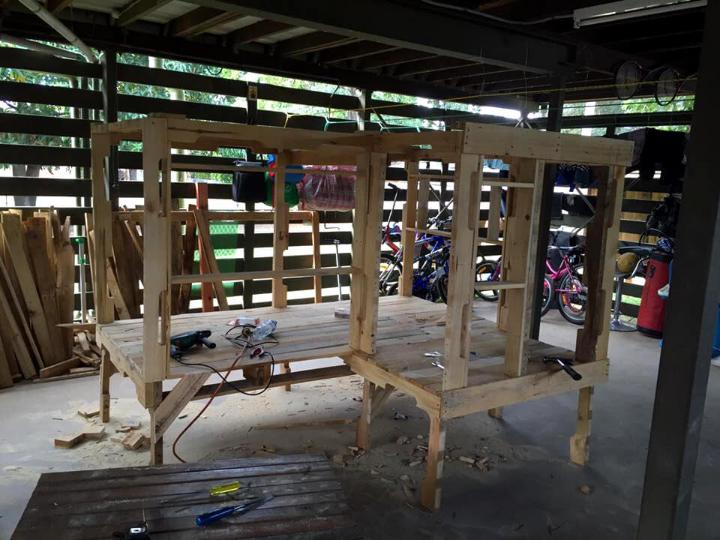 how to build the primary frame of the kids cubby house