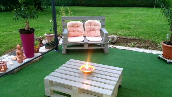 pallet chair with coffee table