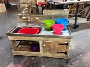 Recycled pallet mud kitchen