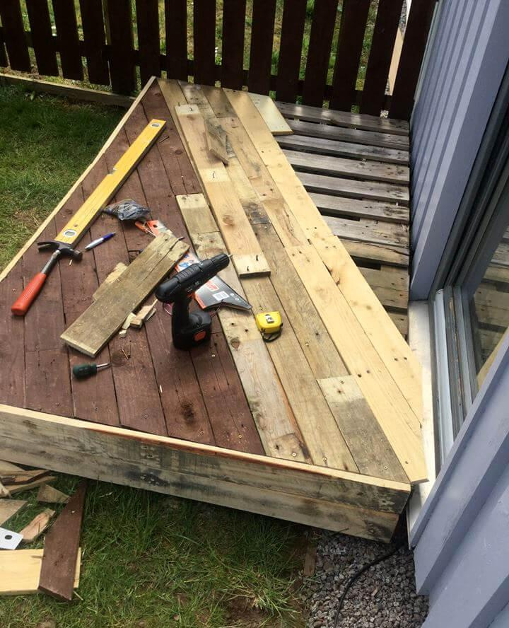 how to install a front porch door pallet deck