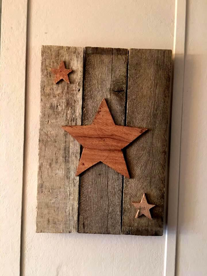 wooden pallet bathroom wall art