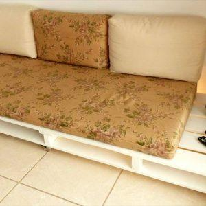 upcycled pallet couch with wheels