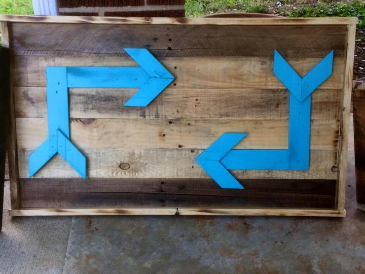 handmade wooden pallet wall arrow signs