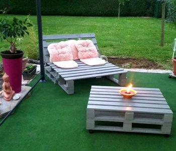 Wooden pallet chair with coffee table