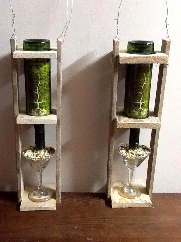 no-cost pallet wall hanging mini bars