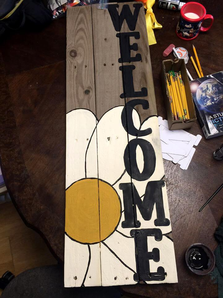 custom pallet painted flower WELCOME wall art