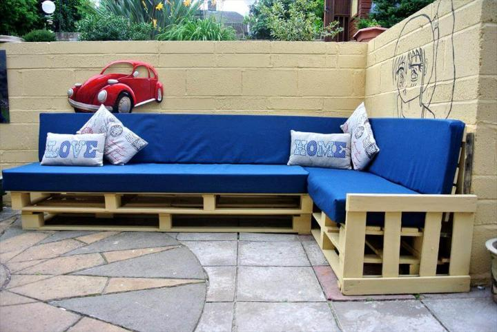 no-cost pallet blue cushioned corner couch