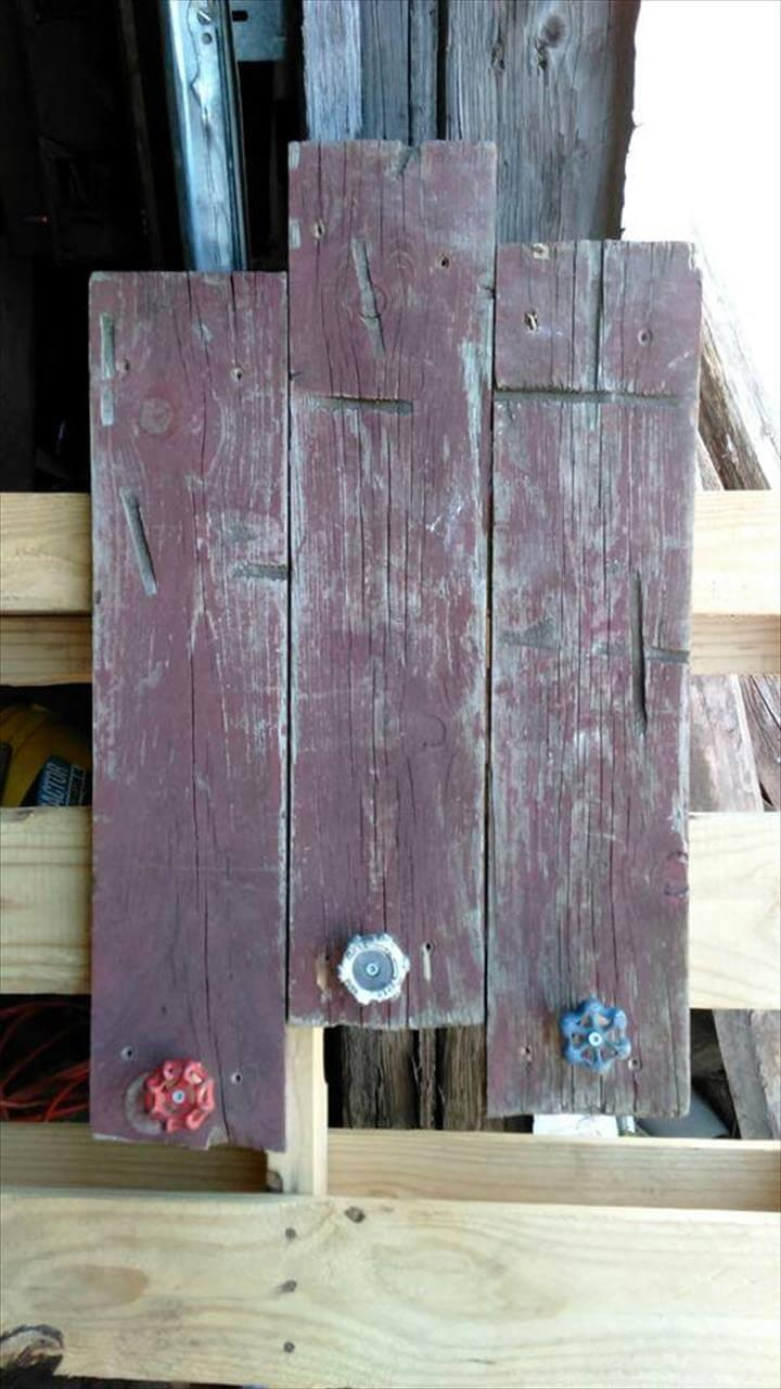 handmade rustic pallet coat rack with antique hanging knobs