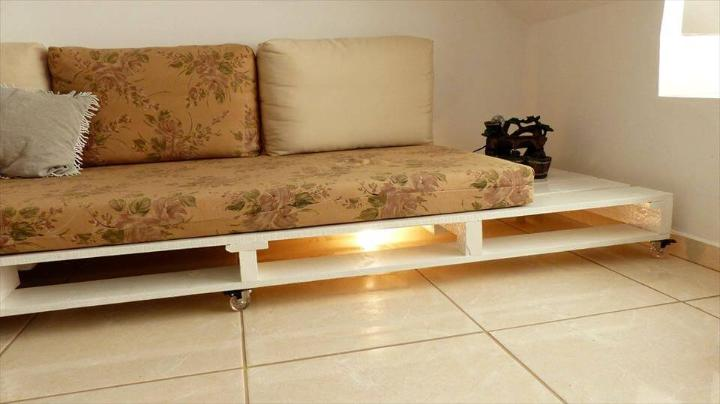 handmade wooden pallet couch with wheels