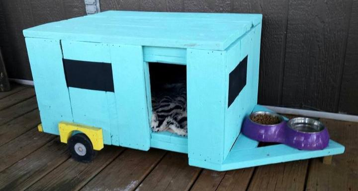 cute pallet pet camper