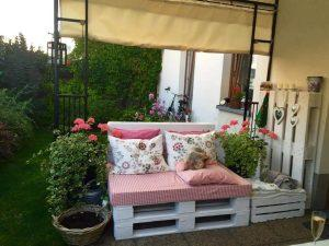 Dazzling Pallet Patio Seating Set