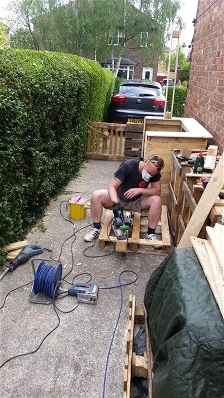 sanding of pallets