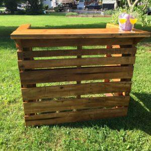 perfect wooden pallet bar