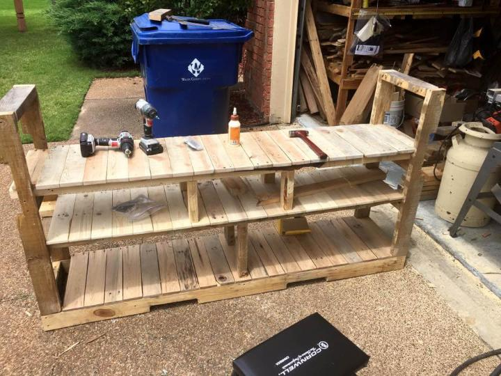 installation of final level of this pallet storage console