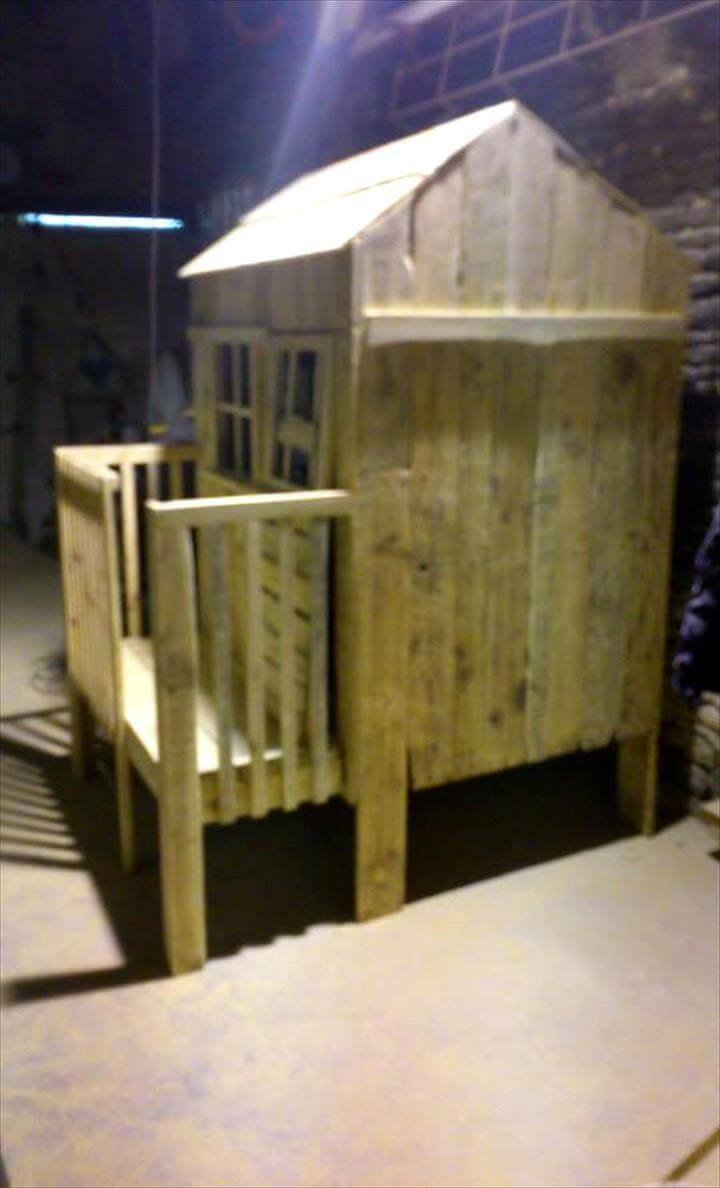 custom wooden pallet playhouse
