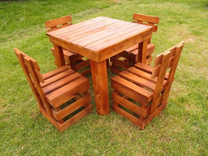 upcycled wooden pallet outdoor sitting set