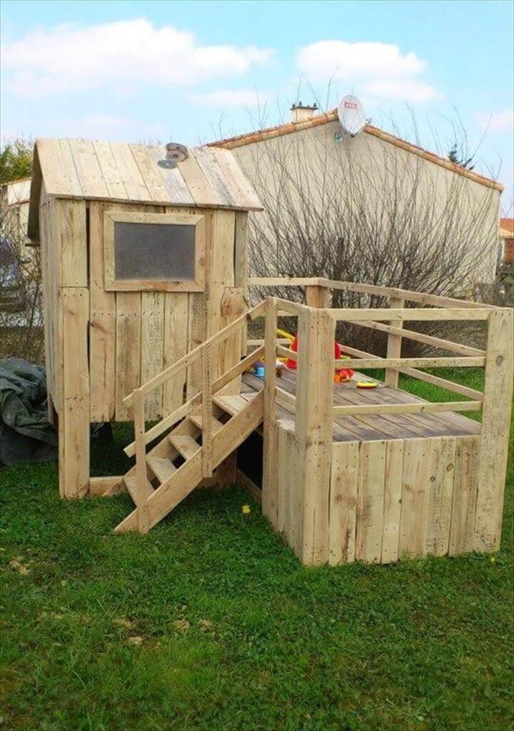 bungalow style pallet kids playhouse with deck area