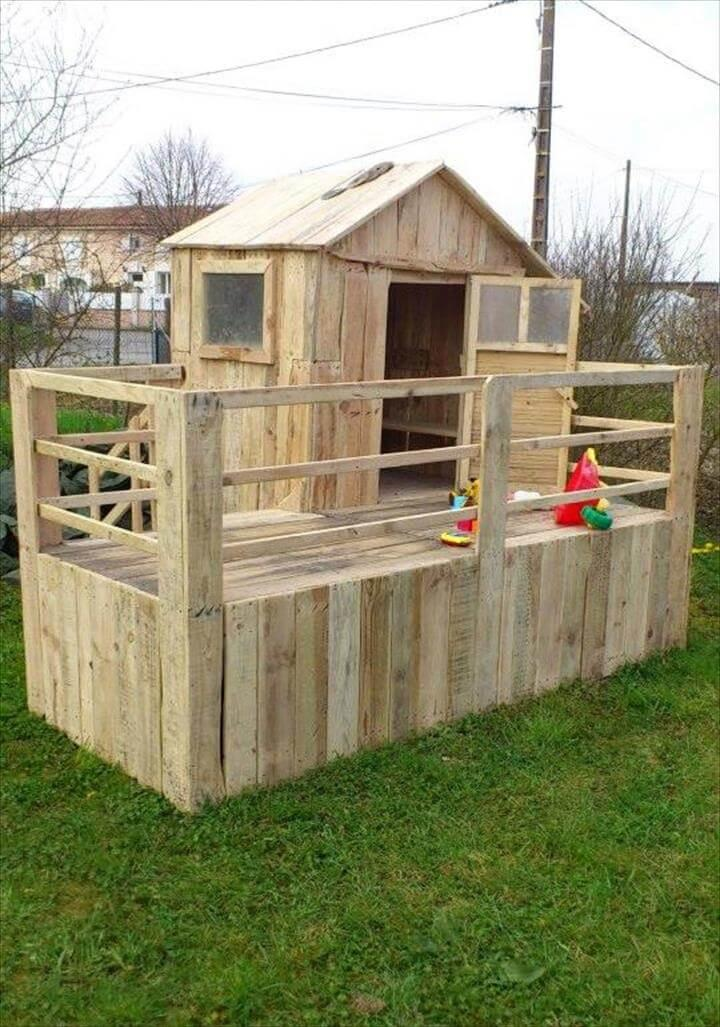 amazing bungalow style pallet playhouse