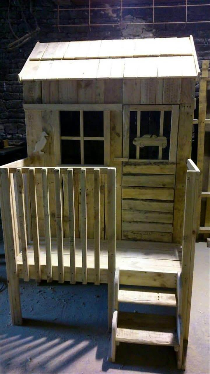 upcycled pallet kids playhouse
