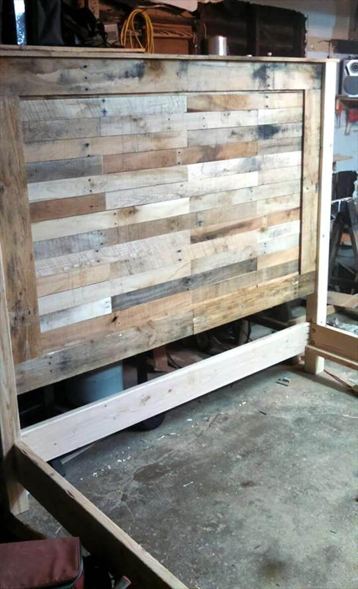 Rustic king size pallet headboard easy pallet ideas - King size headboard ideas ...