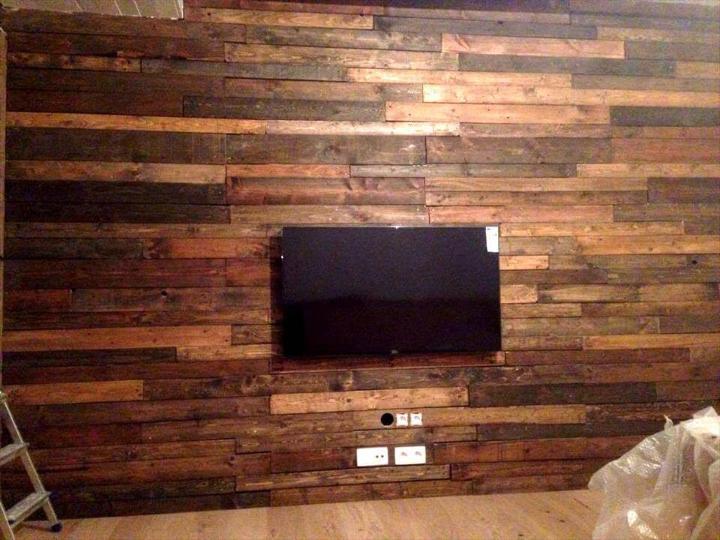 custom wooden pallet media wall