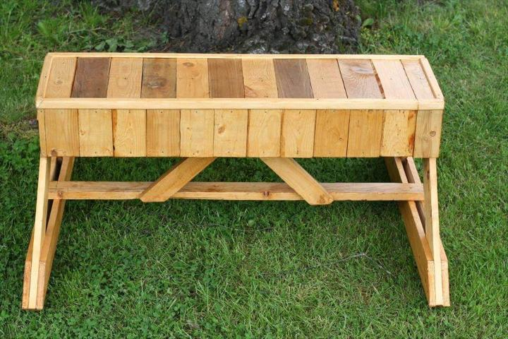 no-cost unique pallet garden bench